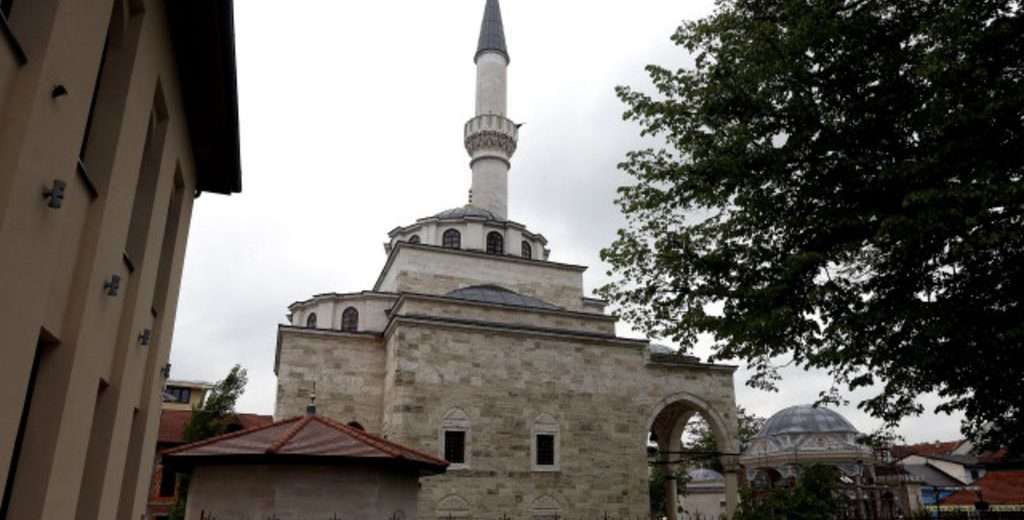 160507113105_mosque_640x360_epa_nocredit