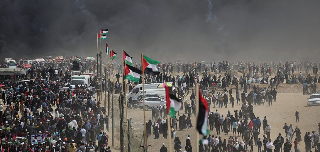 Fresh protests erupt along Gaza border